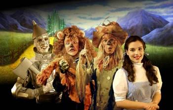 Wizard Of Oz GROUP SHOT harvestrain