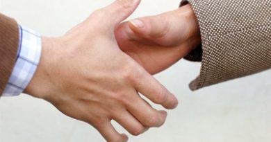 Agreement. Image by o5com www.flickr.com/photos/o5com