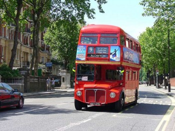 London Bus. Image by Metro Centric