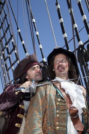 Captain Cutthroat and Major Key