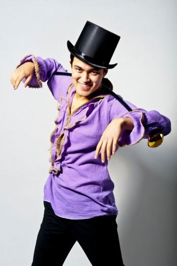 Julian Kuo stars in Broadway Bard