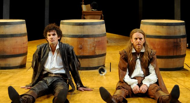 Tim Minchin and Toby Schmitz in Sydney Theatre Company's Rosencrantz and Guildenstern are Dead. Image by Heidrun Lohr