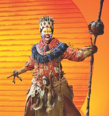 Buyi Zama as Rafiki in The Lion King - Sydney 2013 [Image by Deen van Meer]