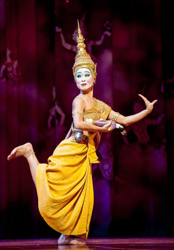 Yongying Woo as Eliza in Opera Australia's The King and I , Brisbane. Image by Oliver Toth