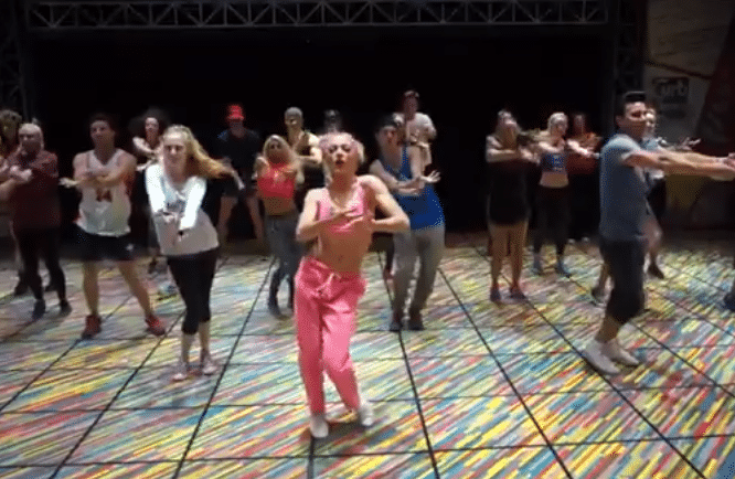 Oh baby baby! Grease go Britney – Video