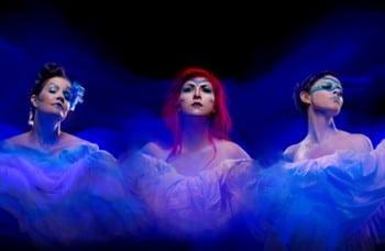Alicia Cush, Bethan Ellsmore, Jade Moffat in Aria Moderna - Anywhere Theatre Festival [Image: Black Bee Studio]