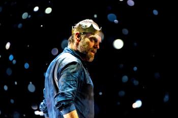 Hugo Weaving as Macbeth. Photo by Brett Boardman.