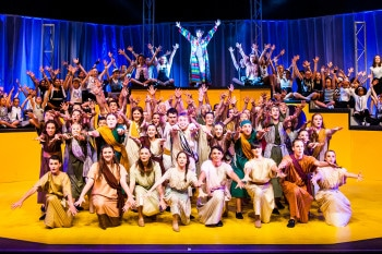 The cast of Joseph and the Amazing Technicolor Dreamcoat, Packemin Youth. Photo by Grant Leslie.