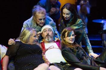 Lyric Opera Melbourne. Gianni Schicchi. Photo by Kris Wasahusen