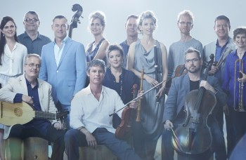 Artistic Director Paul Dyer (blue jacket) with the 2015 Australian Brandenburg Orchestra. Photograph by Stephen Godbee.