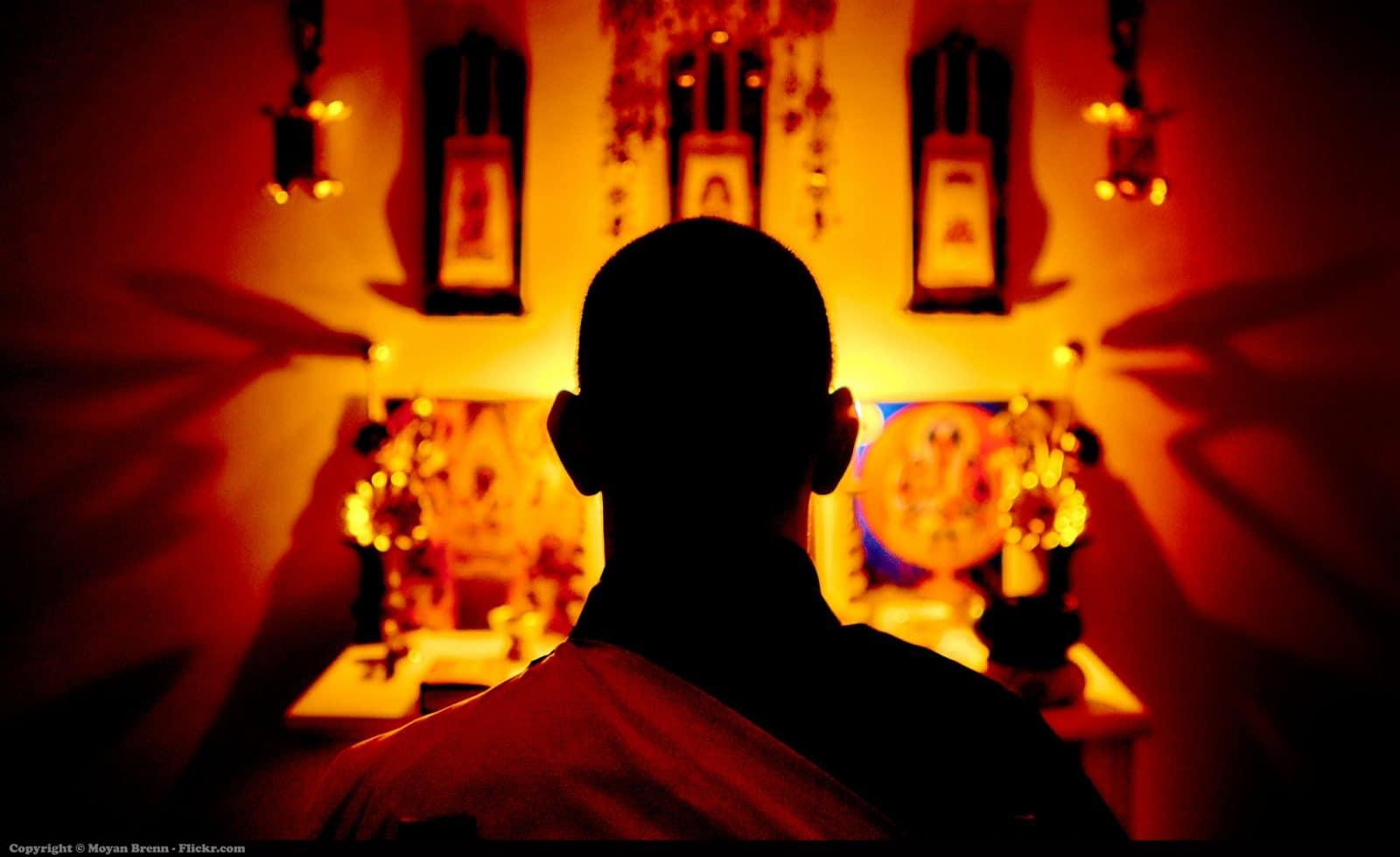 How to meditate and not feel like a spiritual guru in 3 easy steps!