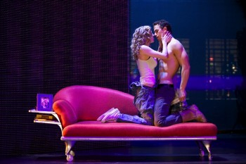 Ghost - Caissie Levy and Richard Fleeshman as Molly and Sam