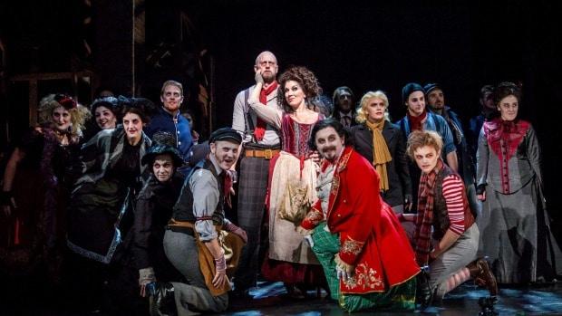 Antoinette starring in NZ Opera's 'Sweeney Todd'