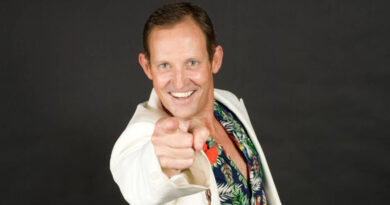 Todd McKenney sings Peter Allen and lots more