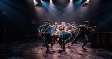 Darlinghurst Theatre Co's ONCE the musical returns to Melbourne