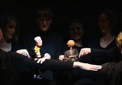 A WONDER of a puppet show
